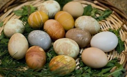 Herbal Dyes for Easter Eggs