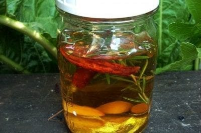 How to Make an Herbal Liniment